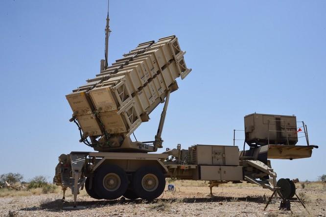 Ả rập Xê út đánh chặn thành công một UAV Houthi bằng tên lửa Mỹ Patriot ảnh 4