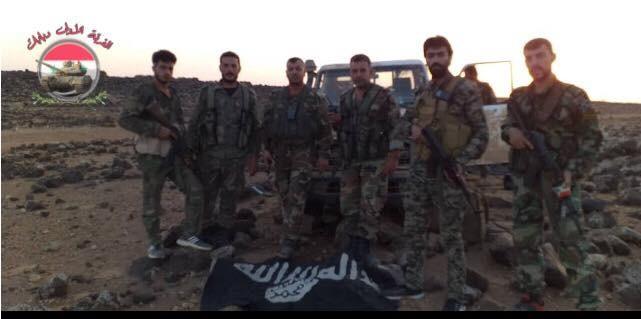 Quân đội Syria đánh bại cuộc phục kích, diệt một số phần tử IS gần Palmyra ảnh 1