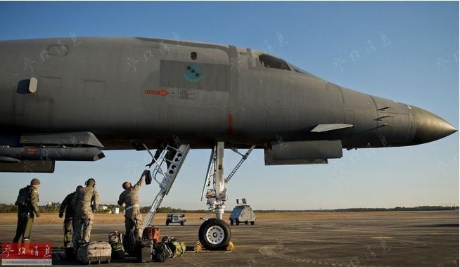 Máy bay ném bom B-1B tiến hành huấn luyện bảo trì ở căn cứ không quân Eglin Mỹ vào tháng 2/2015. Ảnh: Tin tức Tham khảo, Trung Quốc