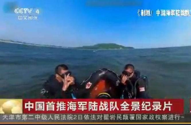 Gần đây, đài truyền hình CCTV Trung Quốc phát sóng phim tài liệu về lực lượng hải quân đánh bộ, đã khoe lực lượng người nhái hoạt động trên Biển Đông - đây là một cách làm ít thấy của phía Trung Quốc. Ảnh: Chinatimes Đài Loan.