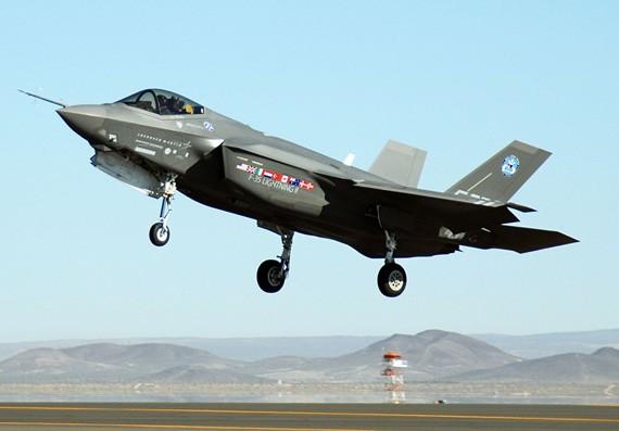 Máy bay chiến đấu tàng hình F-35 Mỹ