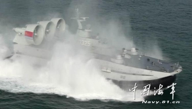 Hạm đội Nam Hải Trung Quốc cho tàu đệm khí Zubr tập trận đánh chiếm đảo tầm xa ở Biển Đông ảnh 4