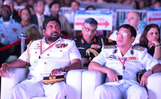 Ngày 6/2/2016, Chuẩn Đô đốc Phạm Hoài Nam, Tư lệnh Hải quân Việt Nam tham dự Lễ khai mạc duyệt binh tàu Hải quân quốc tế tại thành phố cảng Vishakhapatnam, Ấn Độ.