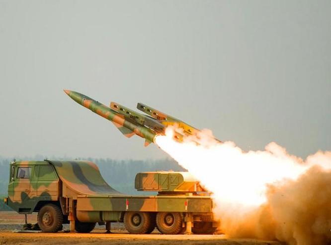 Tên lửa phòng không HQ-12 Trung Quốc. Ảnh: Thời báo Hoàn Cầu