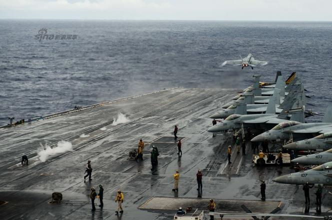 Tàu sân bay USS Ronald Reagan CVN 76 Hải quân Mỹ. Ảnh: Sina