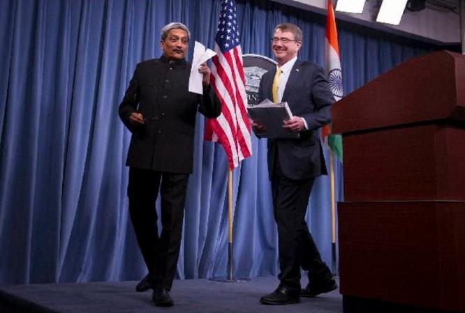 Bộ trưởng Quốc phòng Ấn Độ Manohar Parrikar vừa đến thăm Mỹ