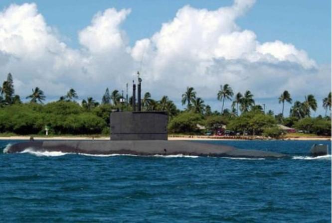 Tàu ngầm lớp Chang Bogo của Hải quân Hàn Quốc. Ảnh: Tin tức Tham khảo, Trung Quốc.