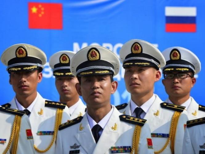 Hải quân Nga và Trung Quốc tiến hành tập trận chung (ảnh tư liệu)