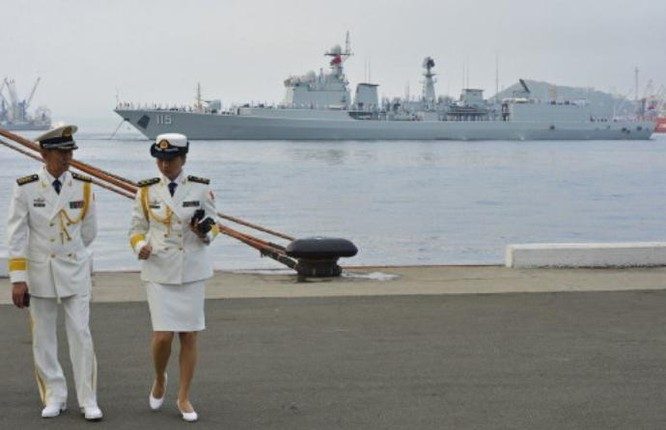 Hải quân Nga và Trung Quốc tiến hành tập trận chung. Ảnh: Sina