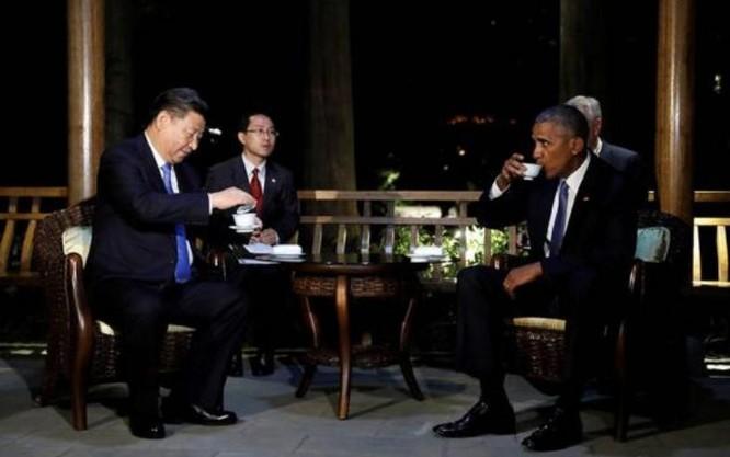 Ngày 3/9/2016, Chủ tịch Trung Quốc Tập Cận Bình và Tổng thống Barack Obama uống trà ở nhà khách Tây Hồ, Hàng Châu, Trung Quốc. Ảnh: Người quan sát, Trung Quốc.