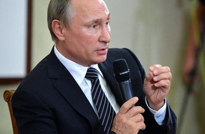 Tổng thống Nga bày tỏ ủng hộ lập trường của Trung Quốc trong vụ kiện trọng tài Biển Đông. Ảnh: Sputniknews