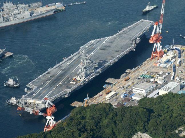 Tàu sân bay động cơ hạt nhân Hải quân Mỹ. Ảnh: Đa Chiều.