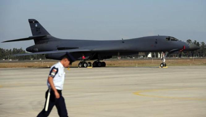 Máy bay ném bom chiến lược B-1 Mỹ. Ảnh: Tin tức Tham khảo, Trung Quốc.