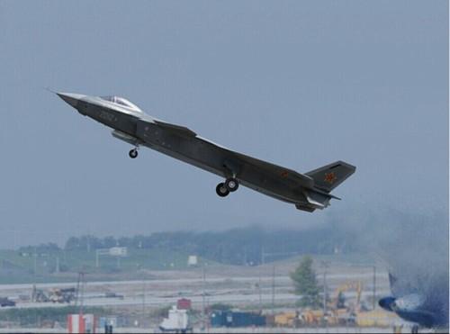 Máy bay chiến đấu J-20 số hiệu 2012 Trung Quốc (ảnh tư liệu)