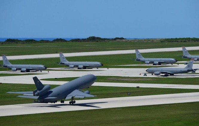 Máy bay tiếp dầu KC-135 Mỹ (ảnh tư liệu)