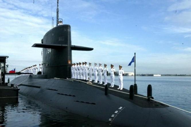 Tàu ngầm của Hải quân Đài Loan. Ảnh: Sina
