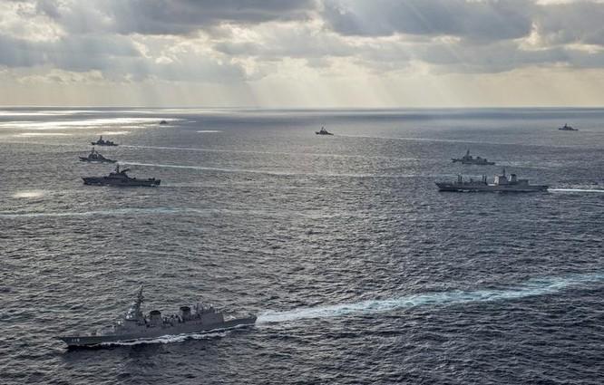 Hải quân Mỹ và Nhật Bản trong cuộc tập trận chung Keen Sword ngày 19/11/2014 (ảnh tư liệu minh họa)