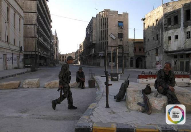 Binh sĩ quân Chính phủ Syria ở Aleppo ngày 15/9/2016. Ảnh: Cankao