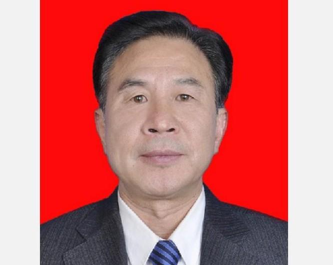 Nhạc Đại Khắc, Phó chủ nhiệm Ủy ban thường vụ Nhân đại Khu tự trị Tây Tạng đang bị điều tra. Ảnh: Đa Chiều