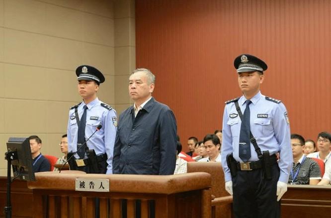 Vương Mẫn, nguyên thường vụ tỉnh ủy Sơn Đông, nguyên bí thư thành ủy Tế Nam, Trung Quốc bị xét xử. Ảnh: Tân Hoa xã