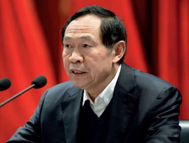 Ngày 16/1/2016, Trần Tuyết Phong, thường vụ tỉnh ủy Hà Nam, bí thư thành ủy Lạc Dương, Trung Quốc bị điều tra. Ảnh: báo Nhân Dân, Trung Quốc.