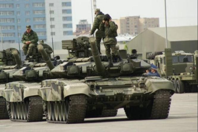 Xe tăng chiến đấu T-90 do Nga chế tạo. Ảnh: Sina