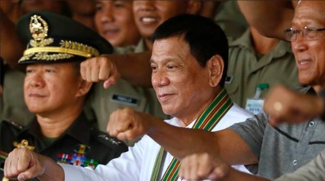 Tổng thống Philippines Rodrigo Duterte muốn thực hiện chính sách ngoại giao độc lập. Ảnh: indian24news