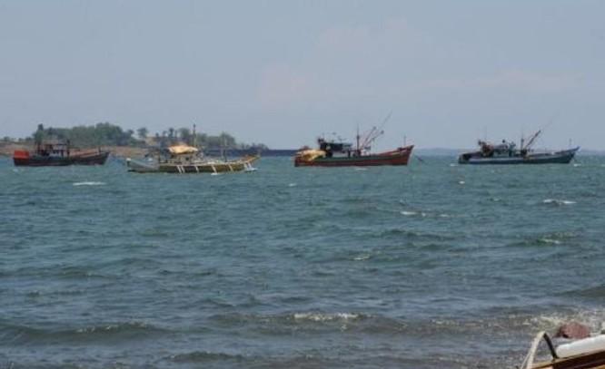 Tàu cá Philippines. Ảnh: Sina