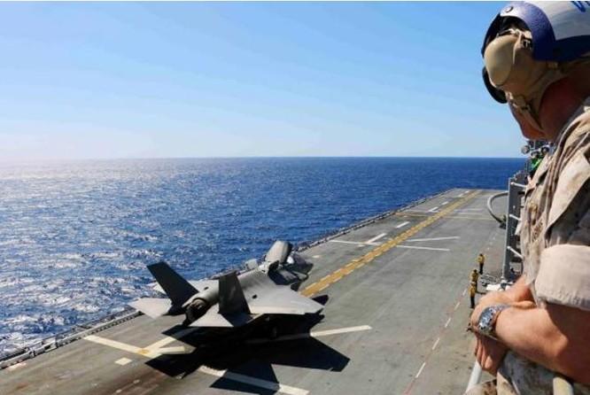 """Mỹ sẽ triển khai tàu tấn công đổ bộ chở 16 """"siêu phẩm"""" F-35 ở Nhật Bản ảnh 3"""