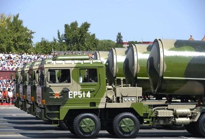 Khối tên lửa hạt nhân Trung Quốc. Ảnh: Cankao