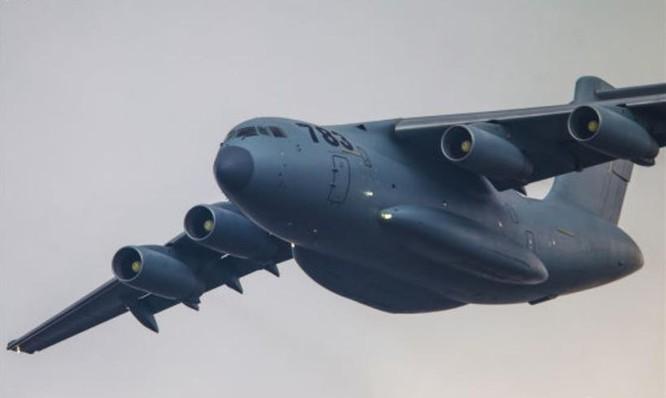 Máy bay vận tải cỡ lớn Y-20 Trung Quốc (ảnh tư liệu)