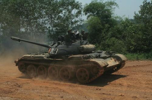 Xe tăng T55 của Lục quân Việt Nam. Ảnh: Sina