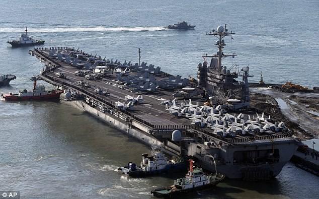 Tàu sân bay Mỹ ở Hàn Quốc.