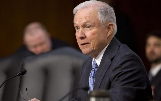 Ông Jeff Sessions, ứng cử viên sáng giá Bộ trưởng Bộ Quốc phòng Mỹ. Ảnh: Washington Times