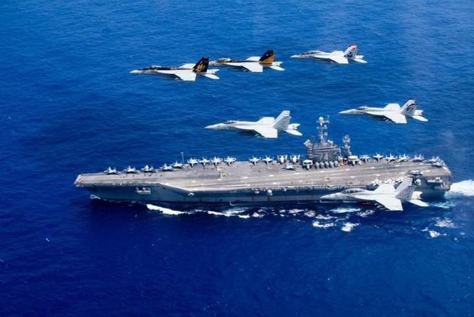 Hạm đội tàu sân bay Mỹ phô diễn sức mạnh trên Biển Đông. Ảnh: Sina