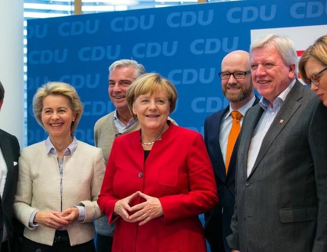 Thủ tướng Đức Angela Merkel sẽ tiếp tục tranh cử vào năm tới. Ảnh: Thời báo Hoàn Cầu