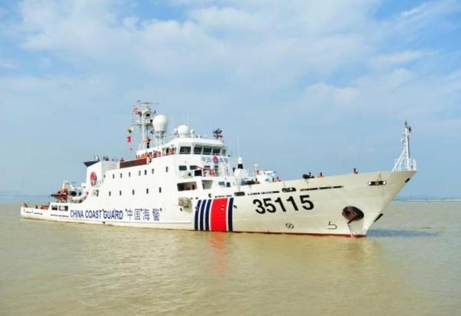 Tàu cảnh biển số hiệu 35115 Trung Quốc. Ảnh: Cankao