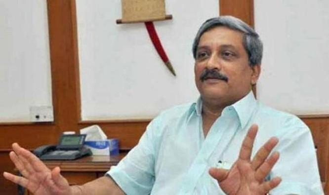 Bộ trưởng Quốc phòng Ấn Độ Manohar Parrikar chuẩn bị thăm Bangladesh. Ảnh: The Indian Express
