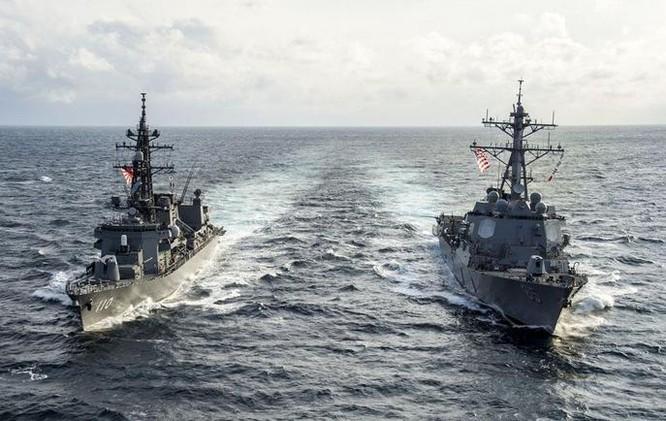 Tàu khu trục Mỹ và Nhật Bản tiến hành tập trận ở Tây Thái Bình Dương. Ảnh: Cankao