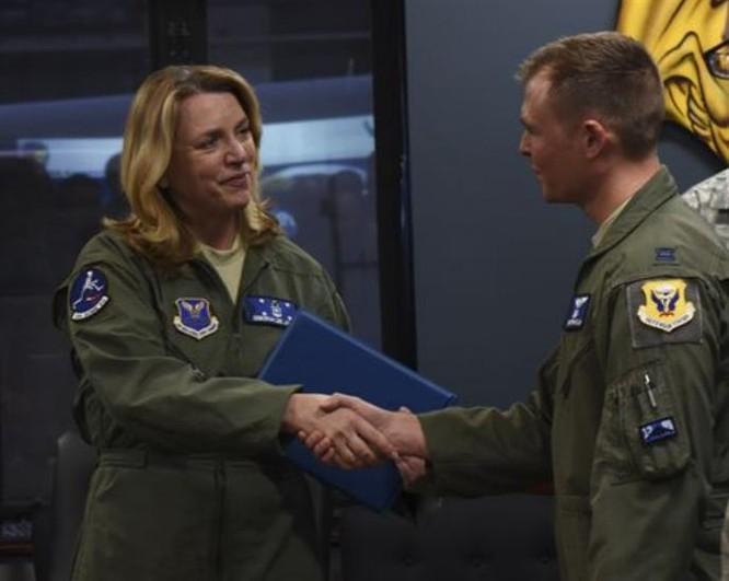 Bộ trưởng Không quân Mỹ, bà Deborah Lee James. Ảnh: Defense