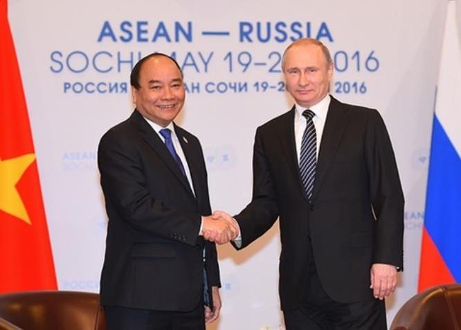 Chiều ngày 19/5/2016 (giờ địa phương), tại thành phố Sochi, Nga, Thủ tướng Nguyễn Xuân Phúc hội kiến với Tổng thống Nga Vladimir Putin. Ảnh: VGP