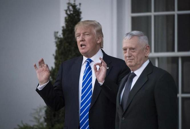 Tổng thống đắc cử Mỹ Donald Trump và tướng James Mattis. Ảnh: US News