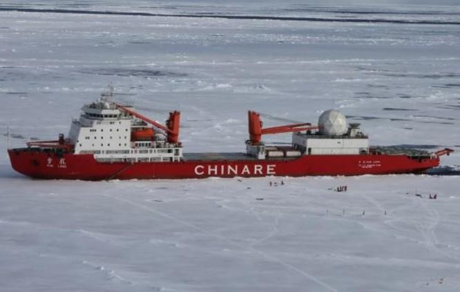 Tàu khảo sát khoa học Tuyết Long, Trung Quốc. Ảnh: Đại Công báo, Hồng Kông