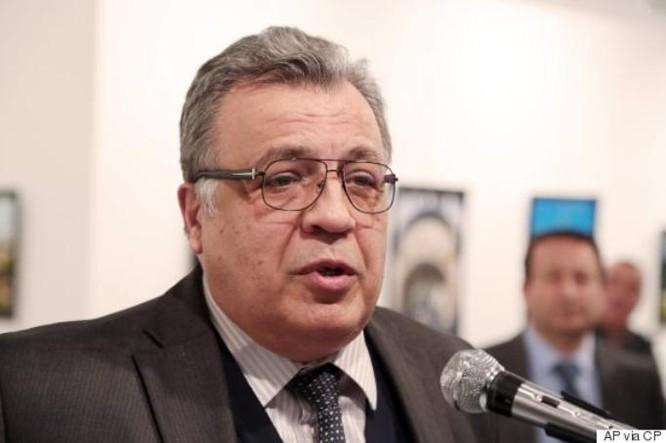 Đại sứ Nga tại Thổ Nhĩ Kỳ Andrey G. Karlov. Ảnh: Huffington Post