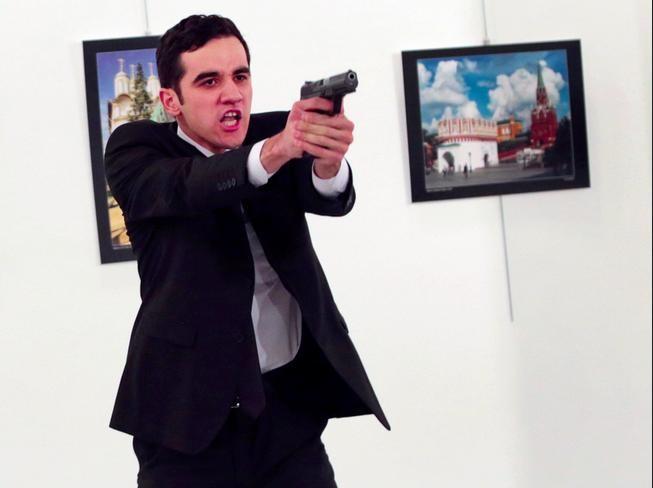 Kẻ ám sát Đại sứ Nga. Ảnh: Business Insider