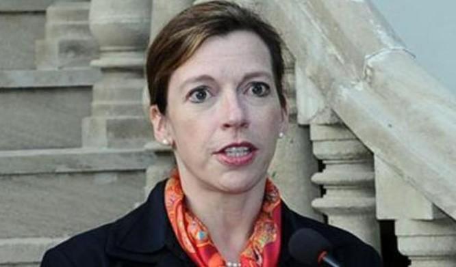 Chuyên gia Evelyn Farkas của Bộ Quốc phòng Mỹ. Ảnh: Sina