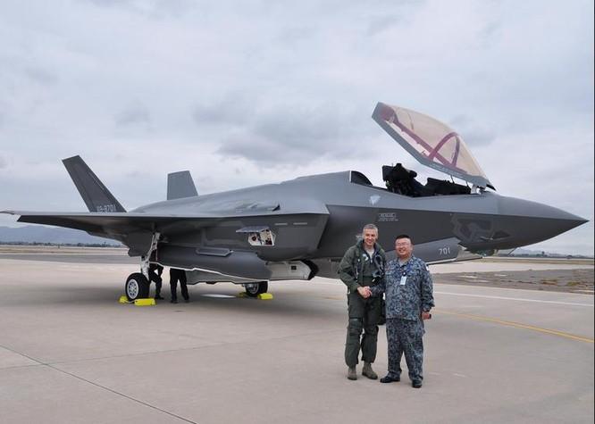 Nhật Bản nhận chiếc máy bay chiến đấu tàng hình F-35A đầu tiên tại căn cứ không quân Luke, bang Arizona, Mỹ (ảnh tư liệu)