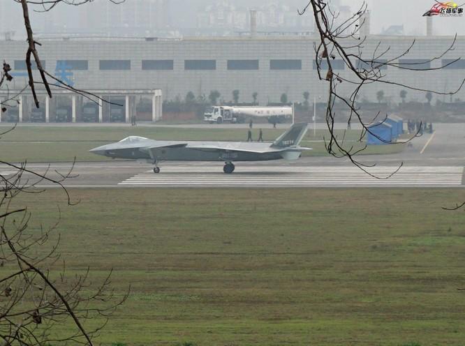 Máy bay chiến đấu J-20 số hiệu 78271. Ảnh: Thời báo Hoàn Cầu, Trung Quốc