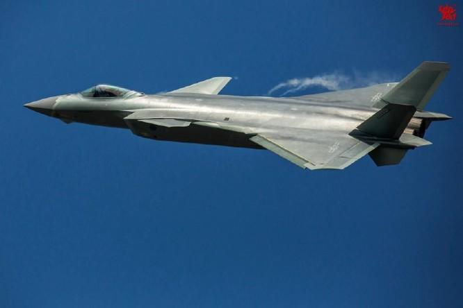 Máy bay chiến đấu J-20 Trung Quốc. Ảnh: Thời báo Hoàn Cầu