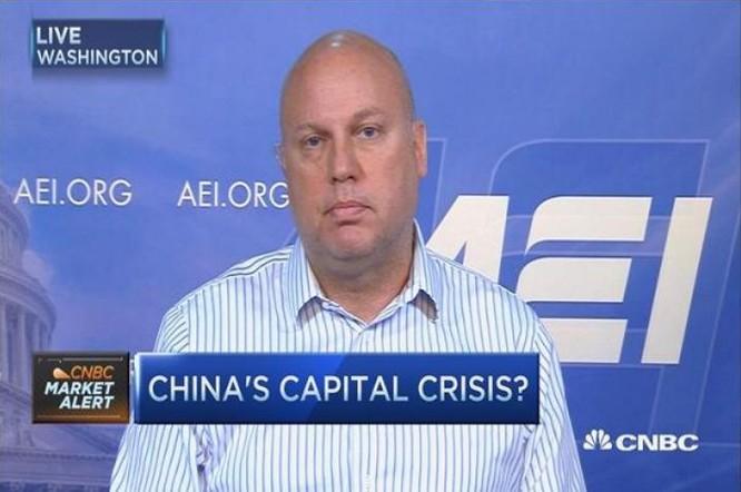 Nhà nghiên cứu Derek Scissor của tổ chức China Beige Book International. Ảnh: CNBC Video